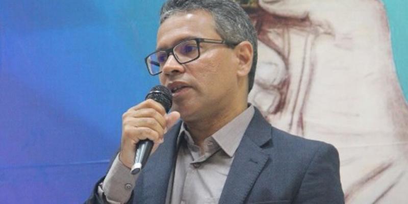 Ele substitui a reitora Anália Ribeiro e ficará à frente do instituto durante o quadriênio 2020-2024
