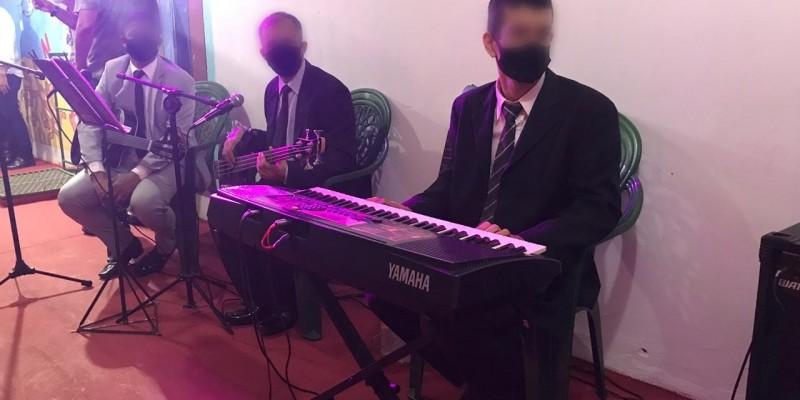 O grupo, denominado Elyon Banda do Espaço Cultural do PIG, existe há dois meses e tem o intuito de inserir os reeducandos no mundo da música e promover interação no ambiente prisional
