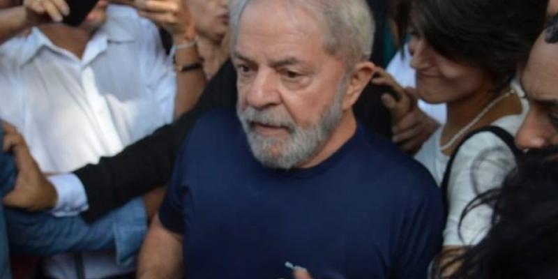 De acordo com cientista político, Vítor Diniz, o ex-presidente foi habilidoso para não deixar nenhuma pista sobre quem irá apoiar nas próximas eleições