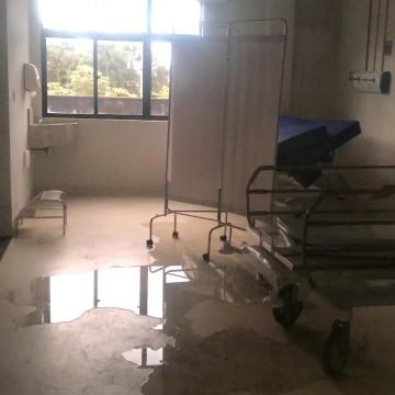 Profissionais de saúde e familiares de pacientes denunciam situação do Hospital Barão de Lucena no Recife