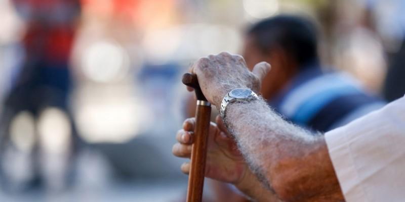 Já foram realizadas 559 denúncias e identificados 1.443 tipos de atos violadores à integridade da pessoa idosa
