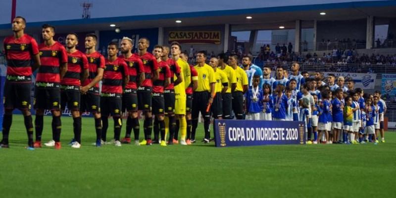 Menos desfalcada, equipe leonina entra confiante e conquista os três pontos com gol de Leandro Barcia
