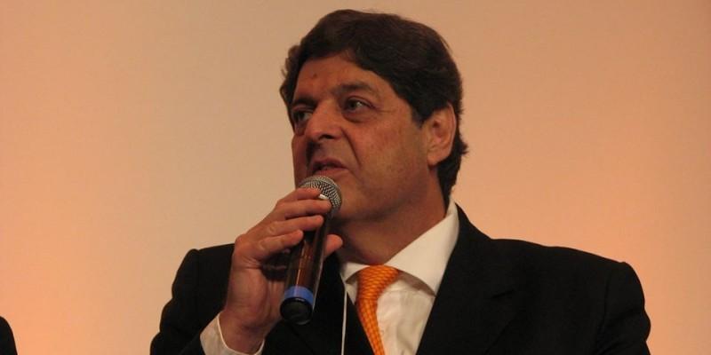Apenas três empresas dominam 75% do mercado de distribuição de etanol em Pernambuco: BR, Ipiranga e Raízem