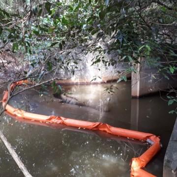 Refinaria Abreu e Lima é multada por vazamento de óleo