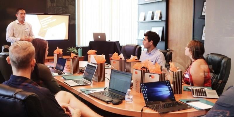 Reforma tributária é destacada por 51,3% dos empresários entrevistados como ferramenta para o desenvolvimento da região
