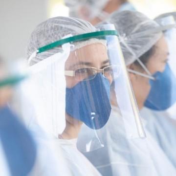 Quase cinco mil profissionais de saúde infectados pela Covid-19