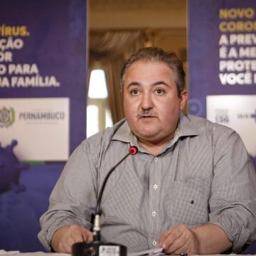 'Isolamento ainda se faz necessário', diz Longo em defesa de medidas restritivas