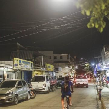 Programa Ilumina Recife chega em mais três ruas em bairro da Zona Norte