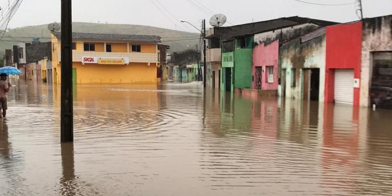 O Coordenador da Defesa Civil em Caruaru faz um panorama da situação após as chuvas na cidade