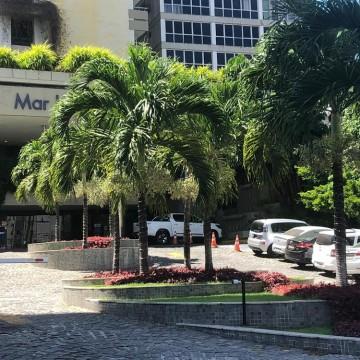 Homem atira em funcionários em hotel de luxo no Recife
