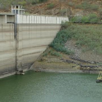 Obras de recuperação da Barragem de Jucazinho seguem lentas