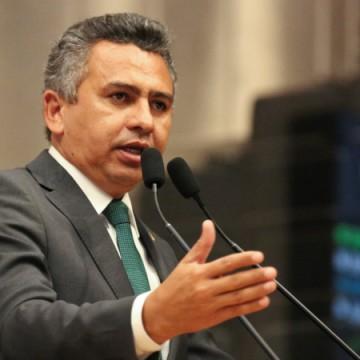 Doriel Barros diz que há possibilidades do PT ter candidatura própria, mas indica necessidade de aliança para disputa nacional
