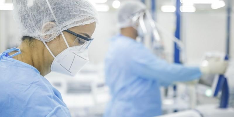 A pesquisa investiga os riscos de infecção desses trabalhadores em diferentes cenários de atendimento