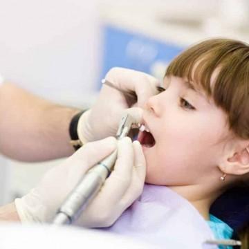 Dentista oferece consultas solidárias para pacientes autistas em Caruaru