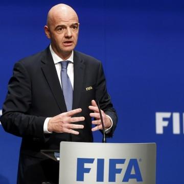 Fifa elabora plano de auxílio financeiro para volta do futebol mundial
