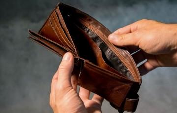 Empresários enfrentam o desafio de pagar a folha de abril