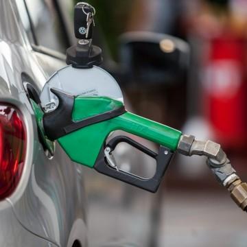 Gás Natural cai em todo o Estado, enquanto aumenta preço da gasolina
