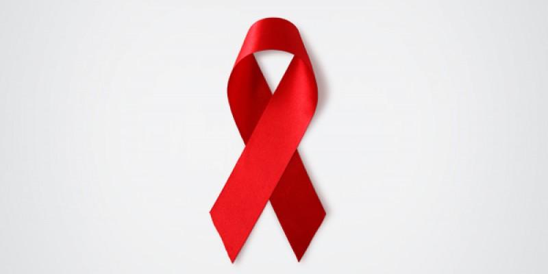 Urologista ressalta que, no Brasil, existem aproximadamente 135 mil pessoas que desconhecem que têm o vírus