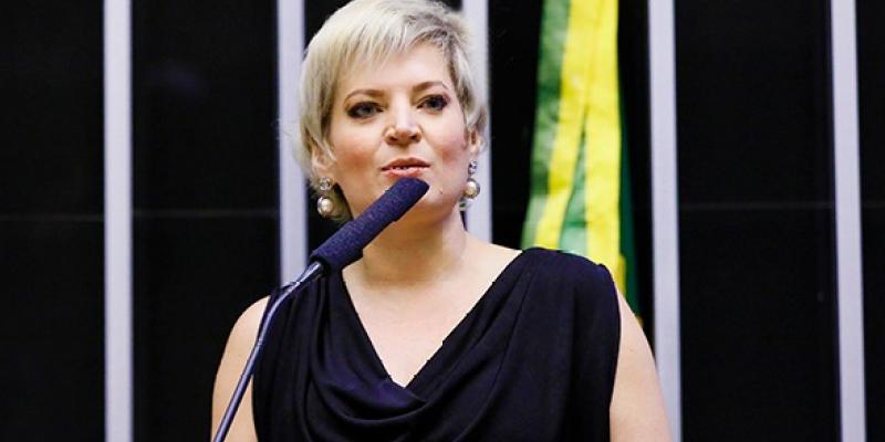 O programa contou com a participação da Deputada federal Joice Halssemann