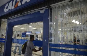 Bancos poderão conceder empréstimo com garantia do FGTS
