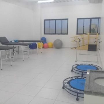 UNINASSAU Caruaru segue oferecendo serviços gratuitos de fisioterapia