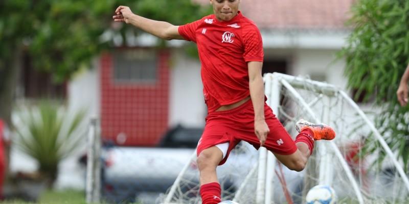 Gilmar Dal Pozzo pode ter a volta de 5 jogadores para o jogo contra o Juventude