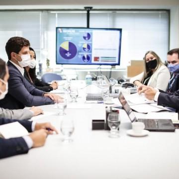 João Campos realiza reunião com comitê técnico-científico de vacina do município