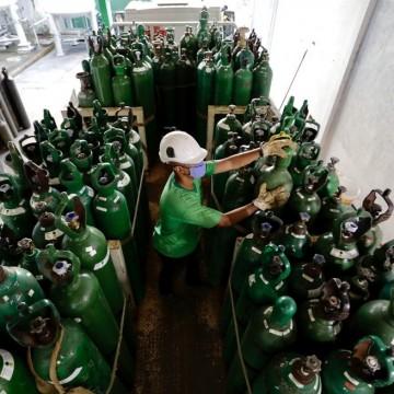 30 cidades de Pernambucorecebem cilindros de oxigênio para pacientes com Covid-19