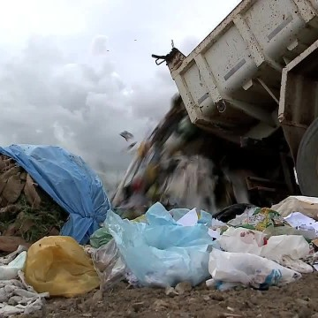MPPE debate lixão de Floresta