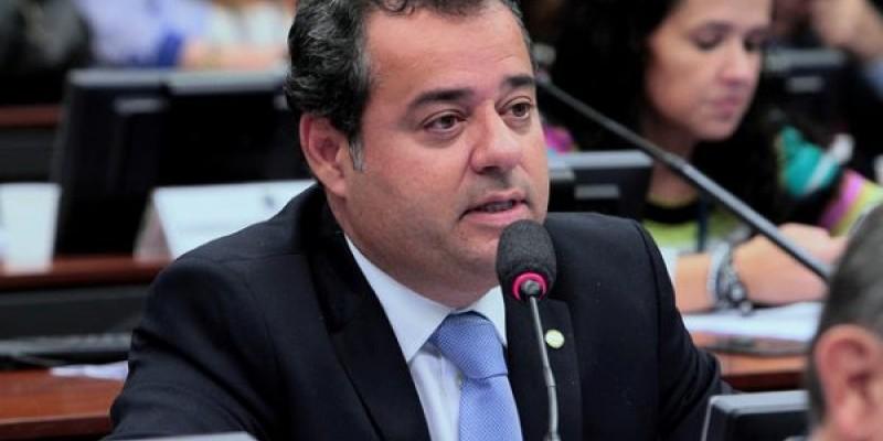 Proposta do deputado, Danilo Cabral (PSB), tem o objetivo de preservar o processo de legitimidade dos diretores nas universidades e institutos federais