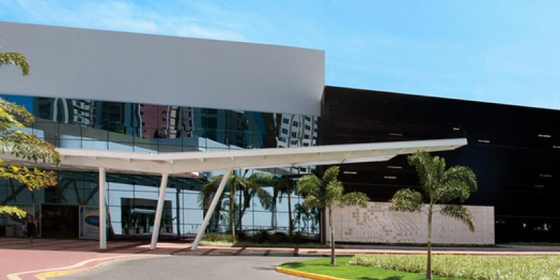 A associação que representa os centros comerciais divulgou uma nota, nesta terça-feira (17), com orientações por conta do coronavírus