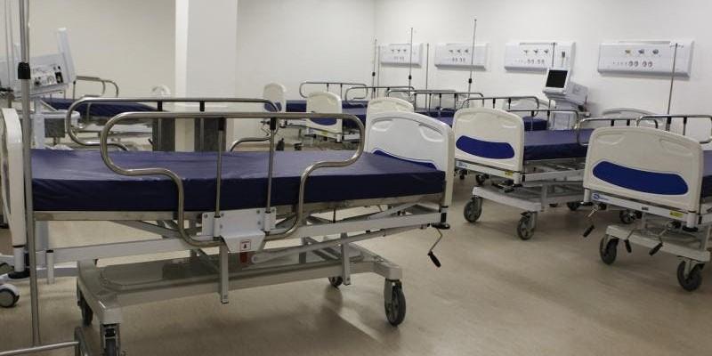 A nova unidade hospitalar terá 230 leitos, sendo 100 de UTI e 130 de enfermaria, todos voltados ao tratamento da Covid-19