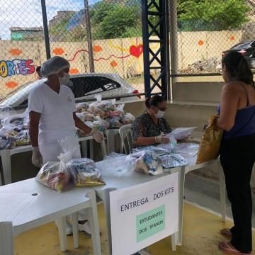 Estudantes da rede municipal do Recife vão receber cestas básicas e kits pedagógicos