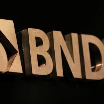 BNDES reduz exigências documentais para acesso a crédito