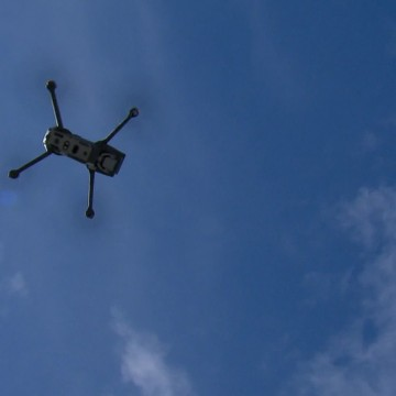 Drones monitoram aglomeração e temperatura corporal no Recife