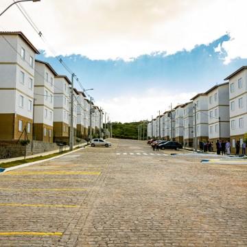 Prefeitura de Caruaru entrega 496 apartamentos