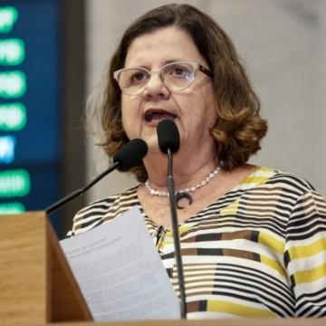 """""""É impossível uma convivência com o PSB dentro da dignidade política"""", diz Teresa Leitão"""