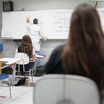 Retomada presencial das aulas em Pernambuco será de forma gradual