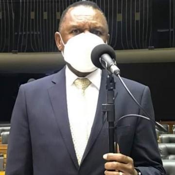 Deputado Ossesio Silva se destaca na Câmara dos Deputados