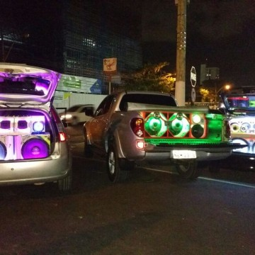 Denúncias por poluição sonora são recorrentes no Recife