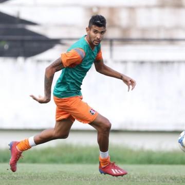 Já em Aracaju, Santa realiza último treino antes de enfrentar o Confiança