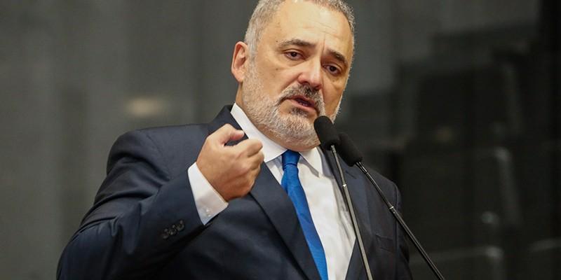 Líder da Oposição disse que a mudança na forma de pagamento ajudará na redução da inadimplência