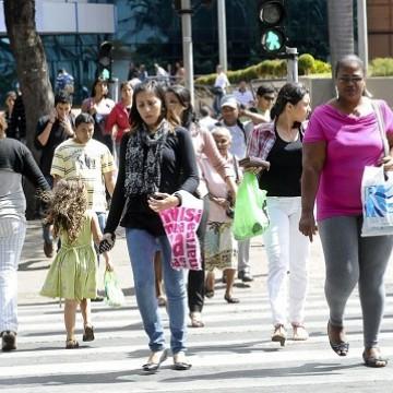 Desocupação fica em 12,9% no trimestre encerrado em maio