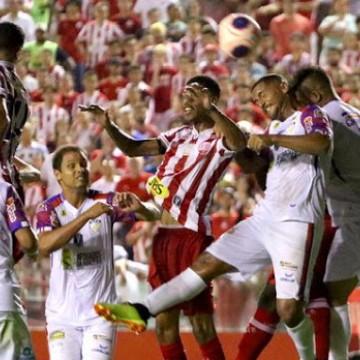 Em partida histórica, Afogados enfrenta o Atlético-AC pela Copa do Brasil
