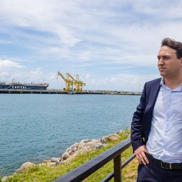 Complexo de Suape contra startup pernambucana para desenvolver plataforma de inteligência portuária