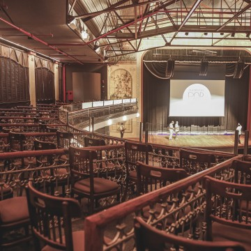Teatro do Parque é devolvido ao Recife com programação especial
