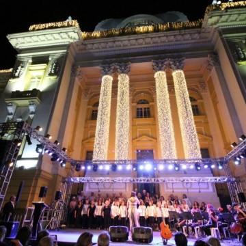 TJPE realiza cantata natalina