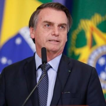 Bolsonaro assina medida provisória para extinguir o Seguro DPVAT