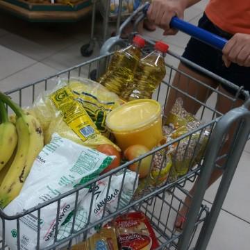 Transforma Recife arrecada cestas básicas para distribuir à população vulnerável