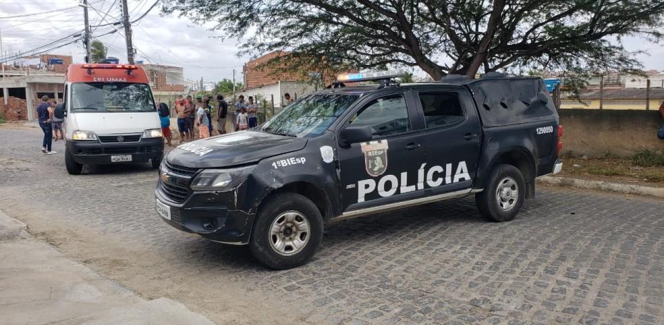 Homem é assassinado a facadas no Bairro Indianópolis, em Caruaru